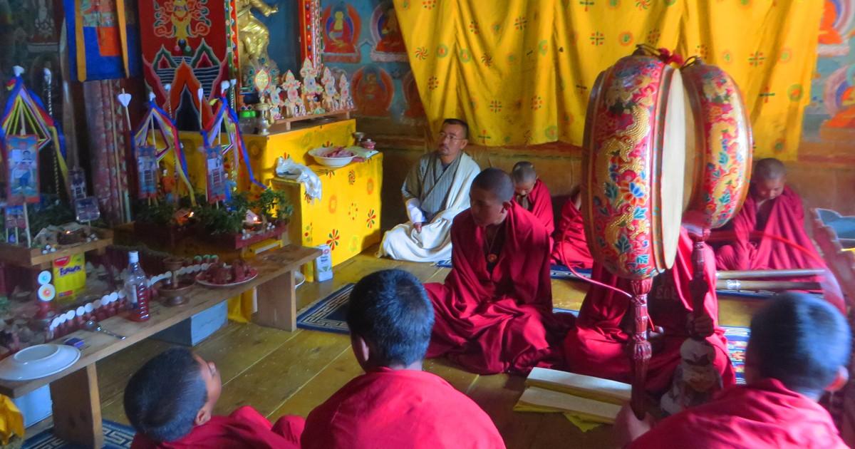 Dued ritual at Paga Monastery