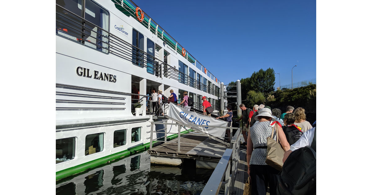 Boarding the Gil Eanes