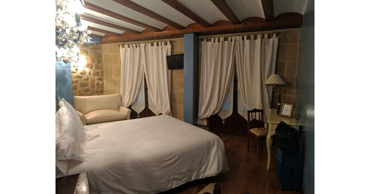 One of the 18 unique rooms at the Hospedieria de los Parajes in Laguardia.