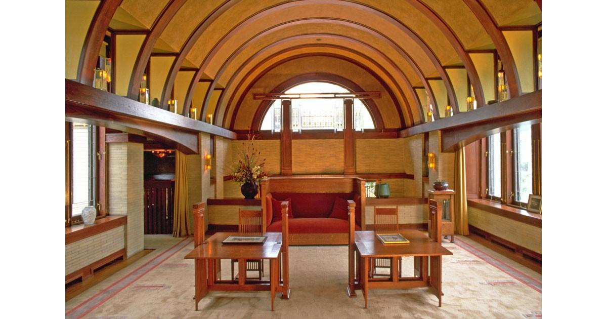 Interior courtesy of the Dana-Thomas House