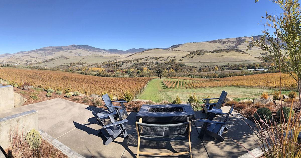 Irvine & Roberts Rogue Valley Vineyards © Cori Solomon