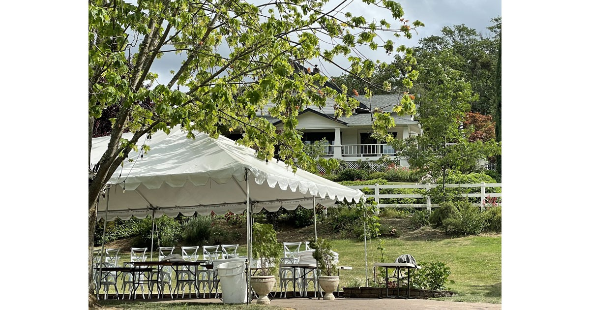 Orchard Home is the perfect place for weddings