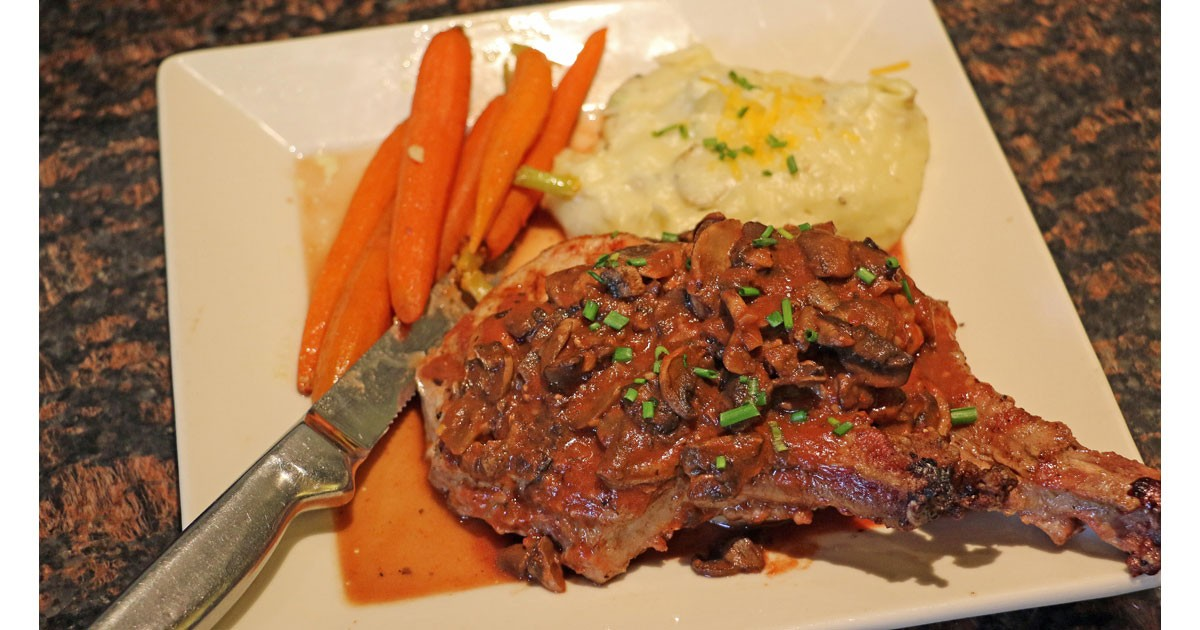 Riverside Steakhouse Favorite