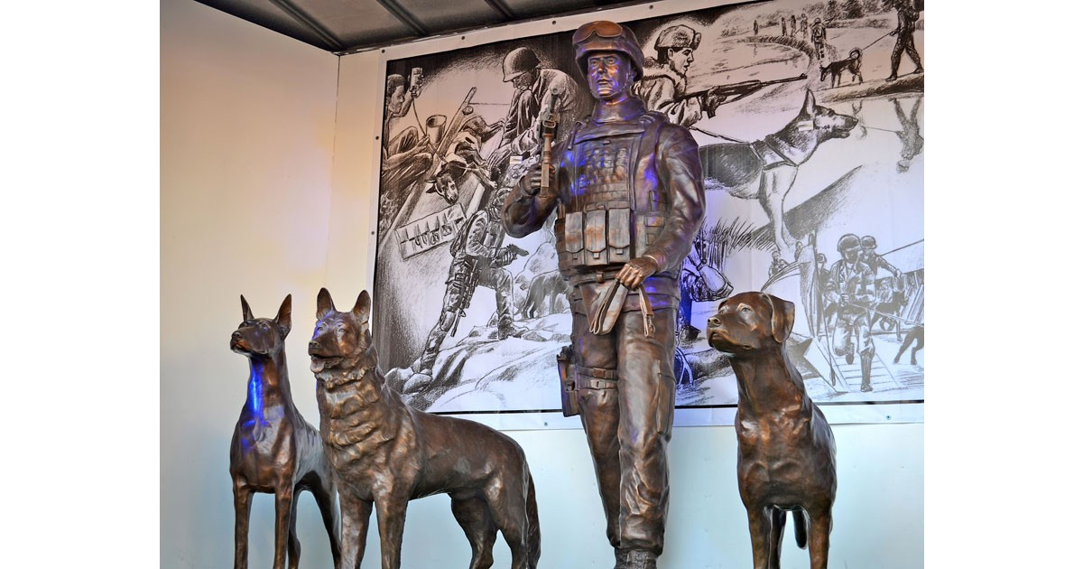 Sculptures for Military Working Dog Teams National Monument