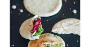 Pita Pockets with Chinese Chicken-Peanut Sauce